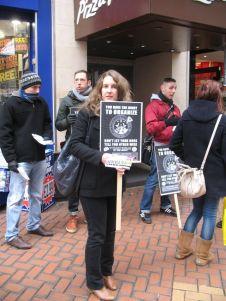 IWW Birmingham geht gegen Pizza Hut vor.